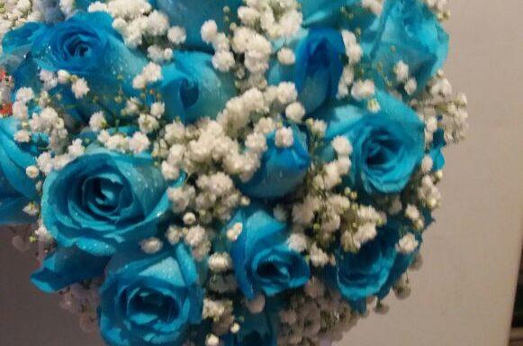 Buquê de Noiva com 20 Rosas Azul